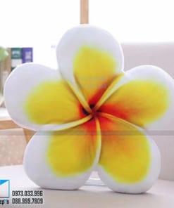 Goi om hoa su vang 39x39 cm compressed